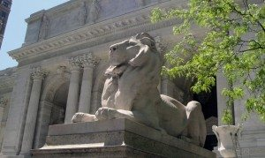 New_York_Public_Library_Lion_May_2011-1024x613